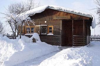 Winterurlaub in der Blockhütte im Bayerischen Wald