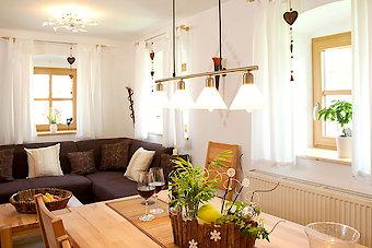 Wohnraum im Ferienhaus für 2-6 Personen im Bayerischen Wald